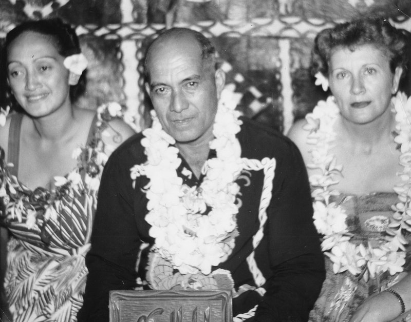 (Left to right) Rima Nicholas and Tuaine Karotaua (Mr. Peter Titi), the first people to become Baha'is in the Cook Islands and Edith Danielsen, Knight of Baha'u'llah  to the Cook Islands. Photo from 1955.