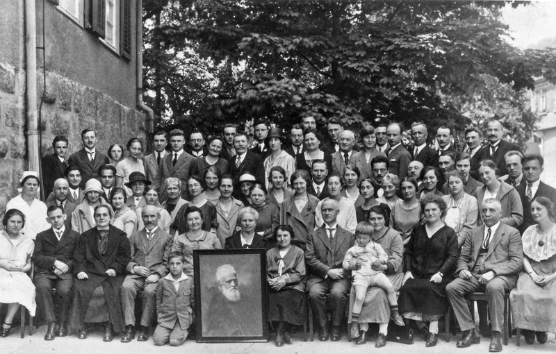 Group of Bahá'ís, including Hands of the Cause Hermann Grossmann and Adelbert Mühlschlegel in Esslingen, Germany, 24 May 1926