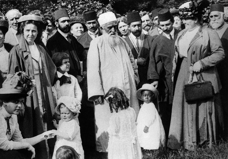 'Abdu'l-Bahá with a group of friends in Brooklyn, New York, June 1912