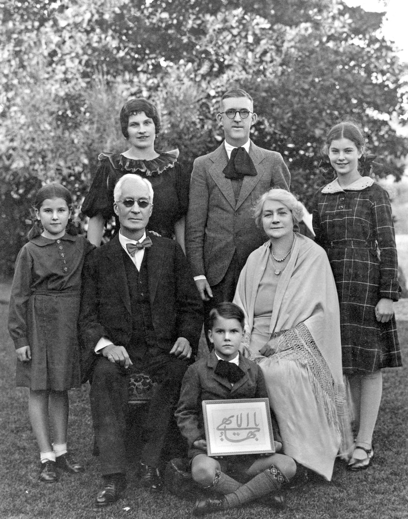 Hands of the Cause Hyde Dunn and Clara Dunn with a group of Bahá'ís in Australia,