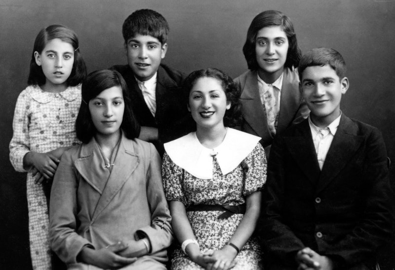 Gloria Faizi (center) with students of her Bahá'í class in Najafabad, Iran, early